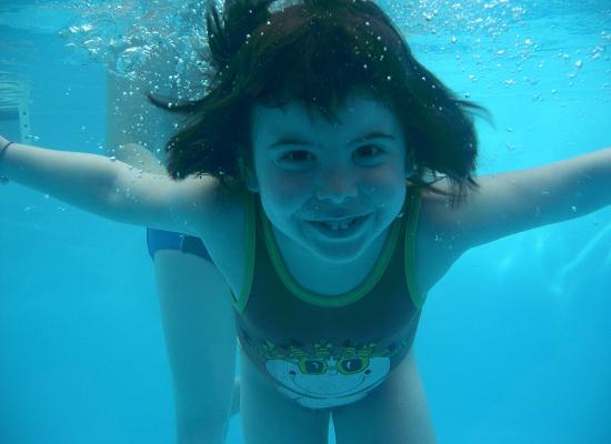 ridere sott'acqua